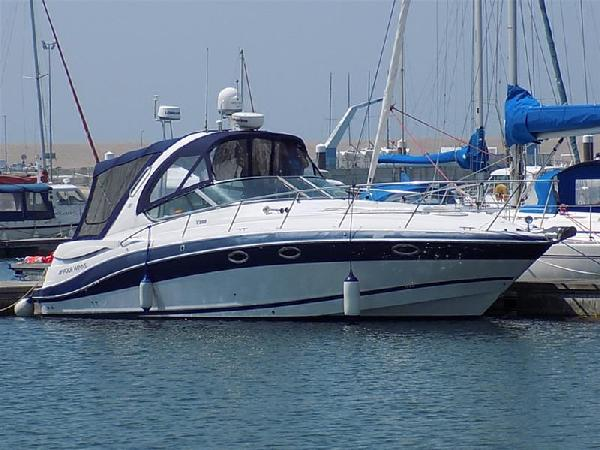 Four Winns 358 Vista For Sale From Seakers Yacht Brokers