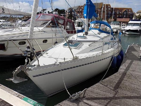 Moody 28 For Sale From Seakers Yacht Brokers