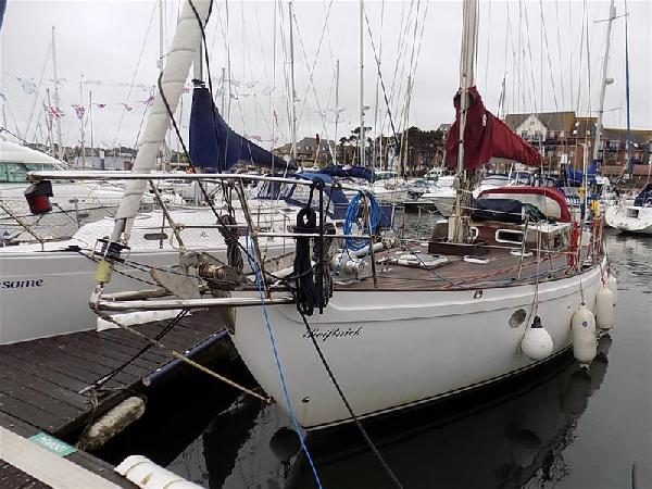 Tradewind Tradewind 33 For Sale From Seakers Yacht Brokers