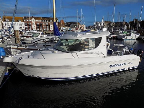 Quicksilver Quicksilver 650 Weekender For Sale From Seakers Yacht Brokers