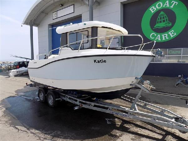 Quicksilver  605 Pilothouse For Sale From Seakers Yacht Brokers