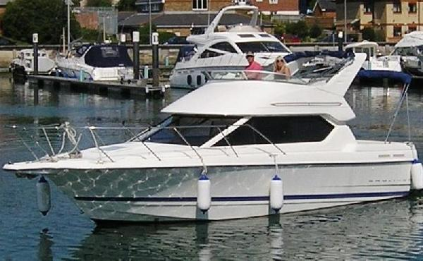 Bayliner 288 For Sale From Seakers Yacht Brokers