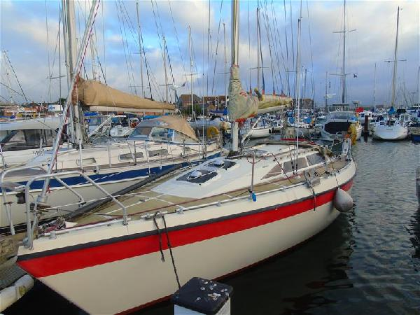Etap 30 For Sale From Seakers Yacht Brokers