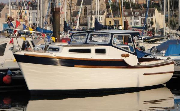 Tamar TAMAR 2000  For Sale From Seakers Yacht Brokers